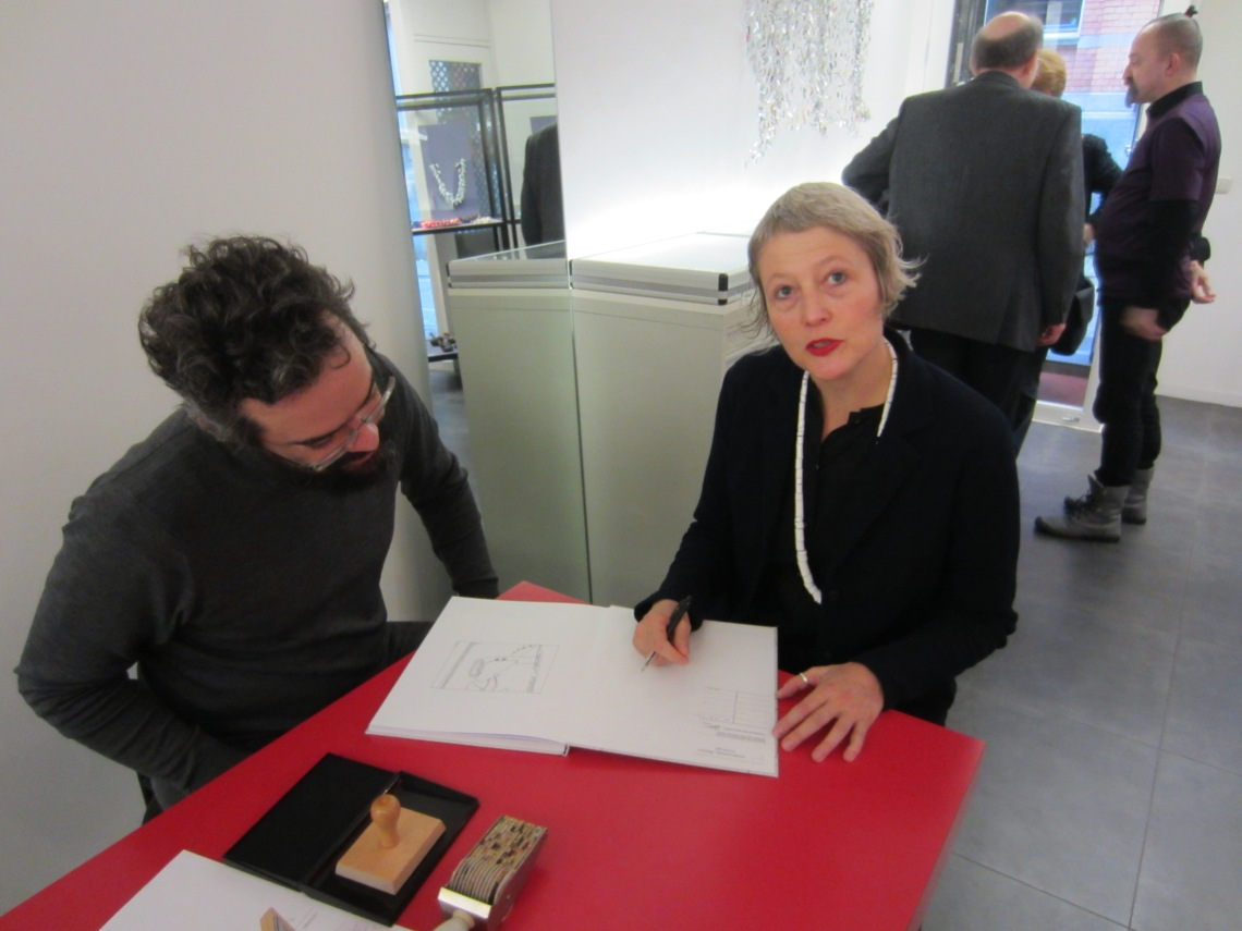 Benjamin Lignel en Manon van Kouswijk in Galerie Ra, 2016. Foto met dank aan M.O.©