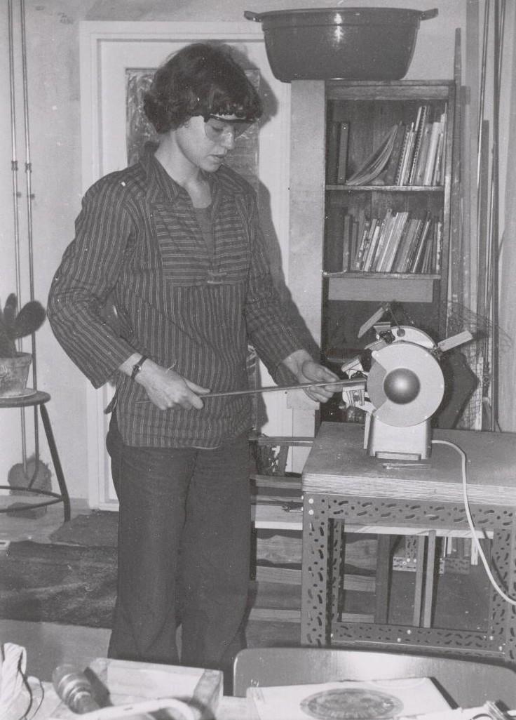 Françoise van den Bosch aan het werk. Foto met dank aan de Stichting Françoise van den Bosch©