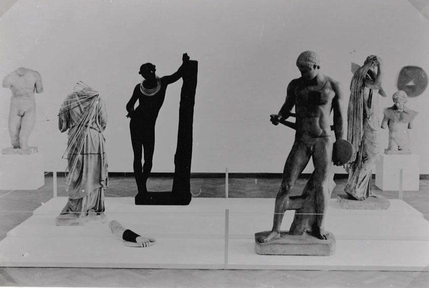 Visies op sieraden, Stedelijk Museum, 1982. Foto (met dank aan) Liesbeth den Besten©