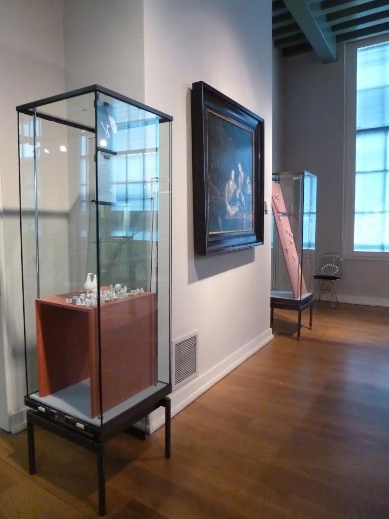 Presentatie Galerie Rob Koudijs in Museum Boerhaave met werk van Katja Prins, 2011. Foto met dank aan Galerie Rob Koudijs©