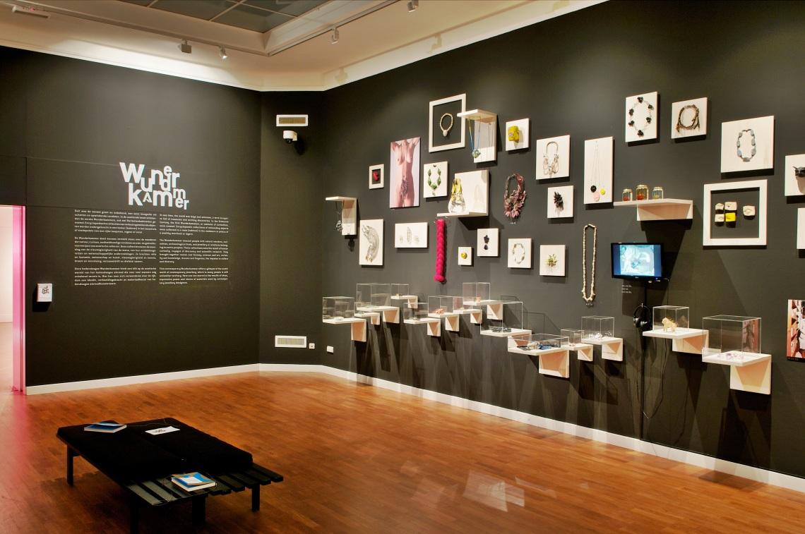 Ontketend, Museum voor Moderne Kunst Arnhem, 2011. Foto (met dank aan) Liesbeth den Besten©