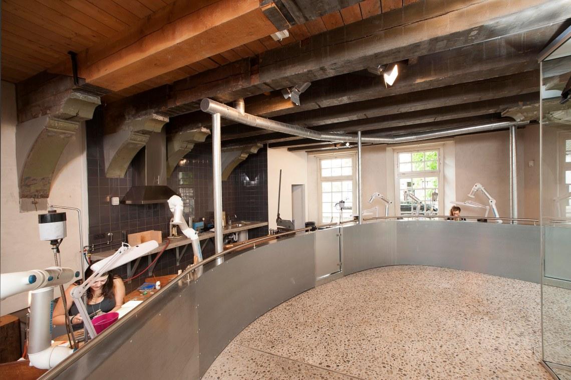 De smederij in het Zilvermuseum. Foto met dank aan het Zilvermuseum©