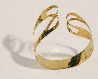 Emmy van Leersum, armband, 1964. Foto met dank aan SMS©