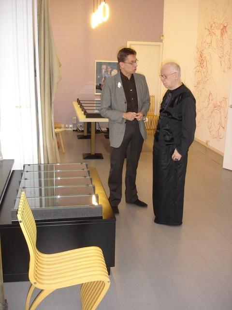 Rob Koudijs en Paul Mertz. Presentatie Collectie Françoise van den Bosch, 2007. Foto met dank aan Liesbeth den Besten©