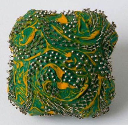 Beppe Kessler, Pin brooch. Foto met dank aan Beppe Kessler©