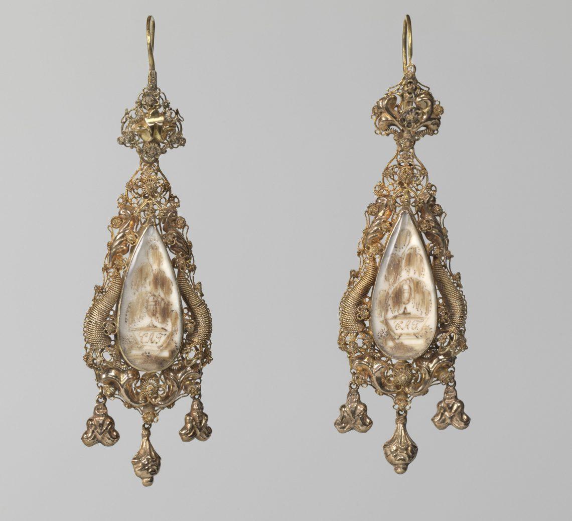 Muhlenschmidt en Schammer, oorhangers, 1841. Collectie Rijksmuseum, BK-1965-55, publiek domein