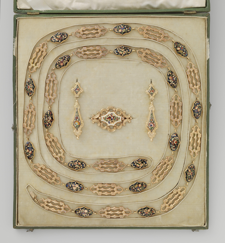 Anoniem, parure, circa 1850. Collectie Rijksmusum, BK-NM-12899, publiek domein (CC0 1.0)
