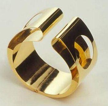 Chris Steenbergen, armband, 1969. Foto met dank aan SMS©