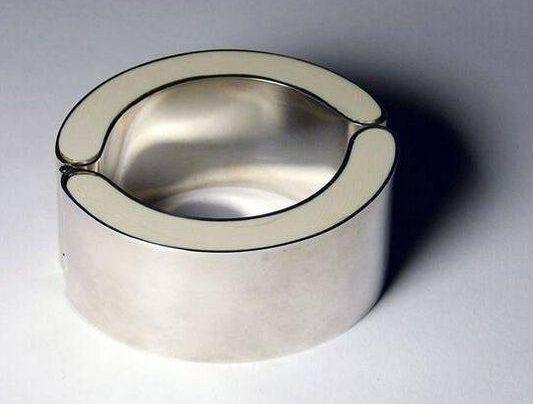 Chris Steenbergen, armband, 1970. Foto met dank aan SMS©