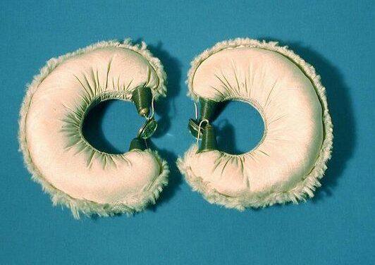 Daniel Kruger, armbanden, 1979. Foto met dank aan SMS©