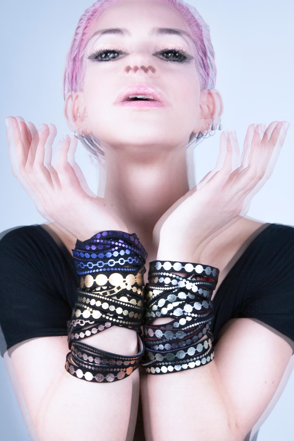 Uli Rapp, armbanden. Foto met dank aan Uli Rapp©