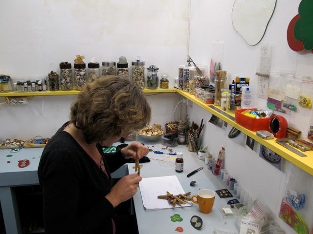 Sylvia Blickman in har atelier. Foto met dank aan Sylvia Blickman©