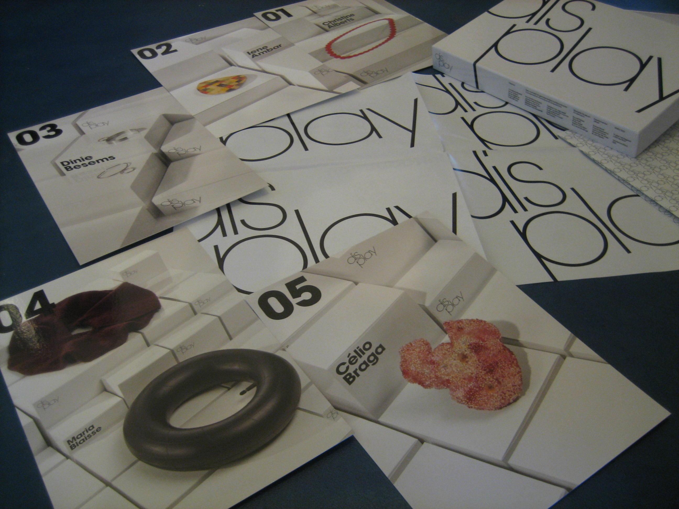 Display, een voorstel tot Gemeentelijke Kunstaankopen, 2002