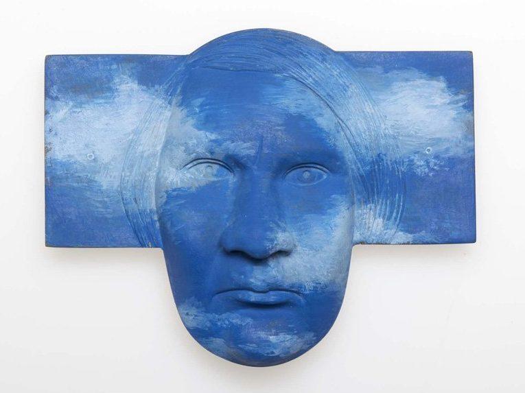 Kathleen Fink, Blau, broche, 2010. Foto met dank aan Galerie Marzee©