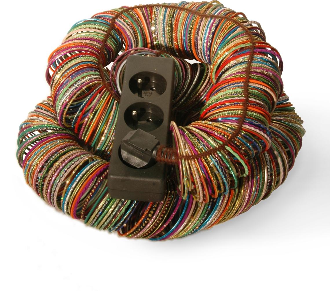 Bless, armbanden, 2005. Foto met dank aan ADAGP, Bless©