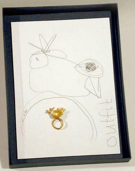 Manfred Bischoff, Outfit, ring en tekening, circa 2000. Foto met dank aan SMS©