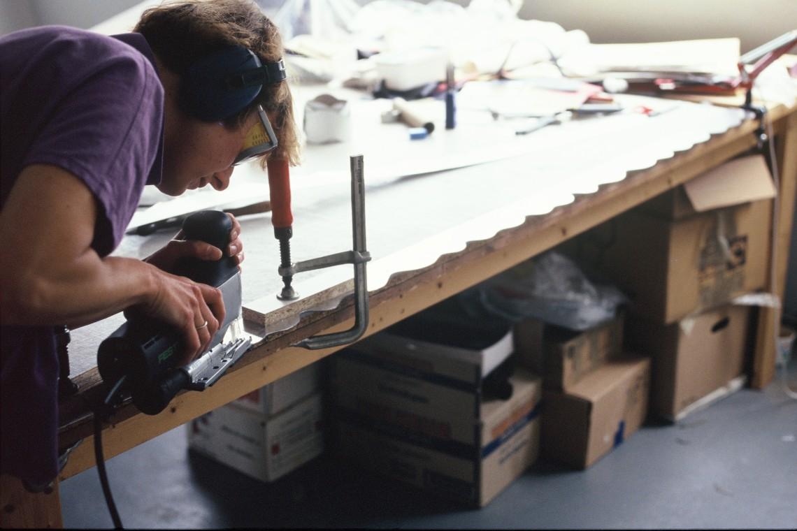 Maria Hees in haar atelier, 1991. Foto met dank aan Maria Hees©