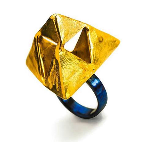 Yura Bylkov, ring. Foto met dank aan Galeria Alice Floriano©