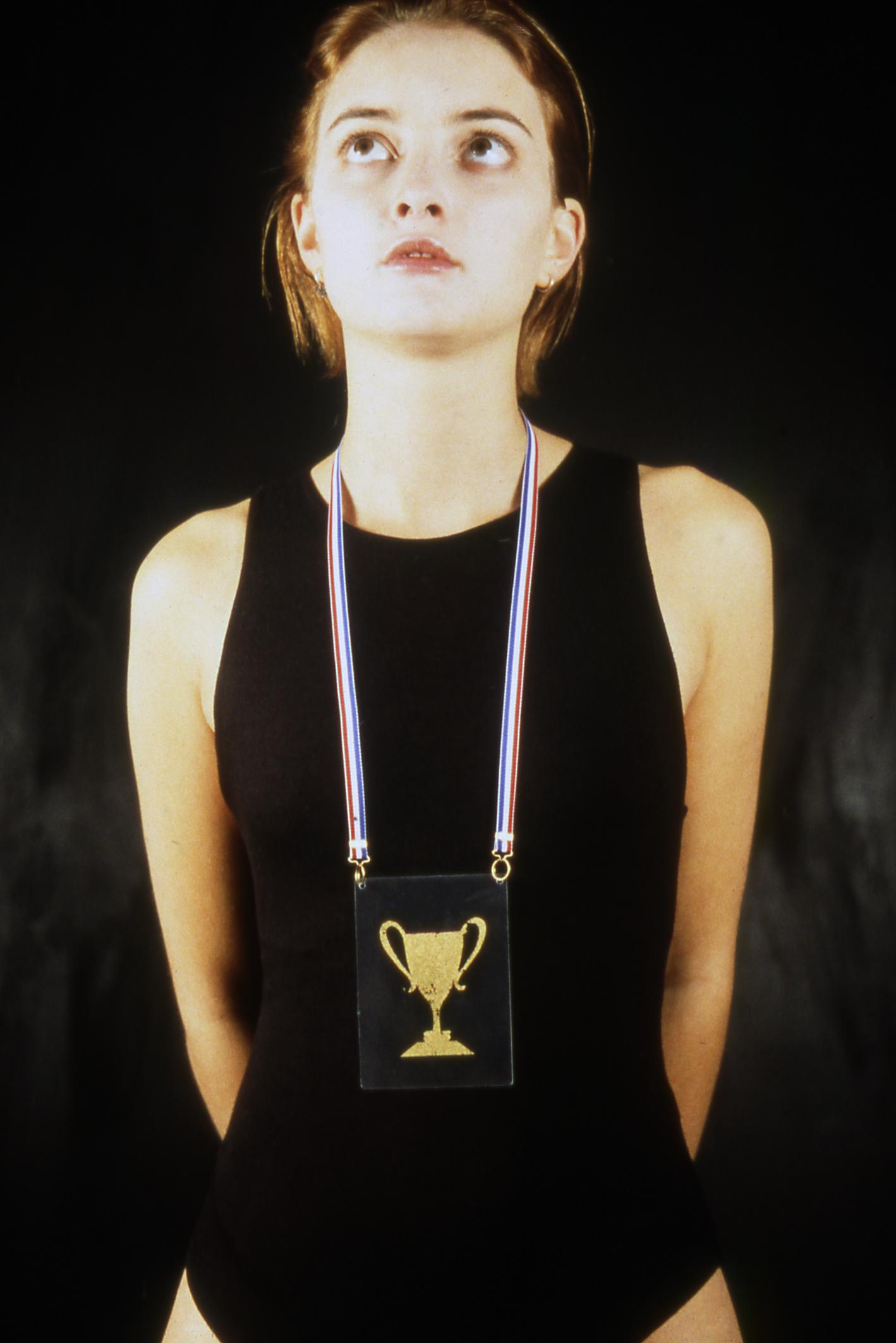 Susanne Klemm, And he winner is... halssieraad, 1997. Foto met dank aan Susanne Klemm©