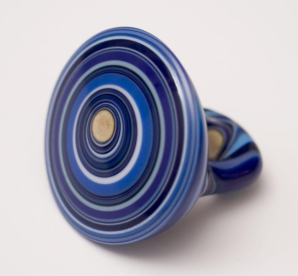 Susanne Klemm, Oceanum, Blue Ring, ring, 2013. Foto met dank aan Susanne Klemm©