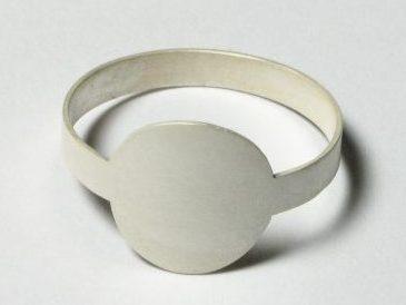 Marc Monzó, Flat Ring. Foto met dank aan Gallery Funaki©