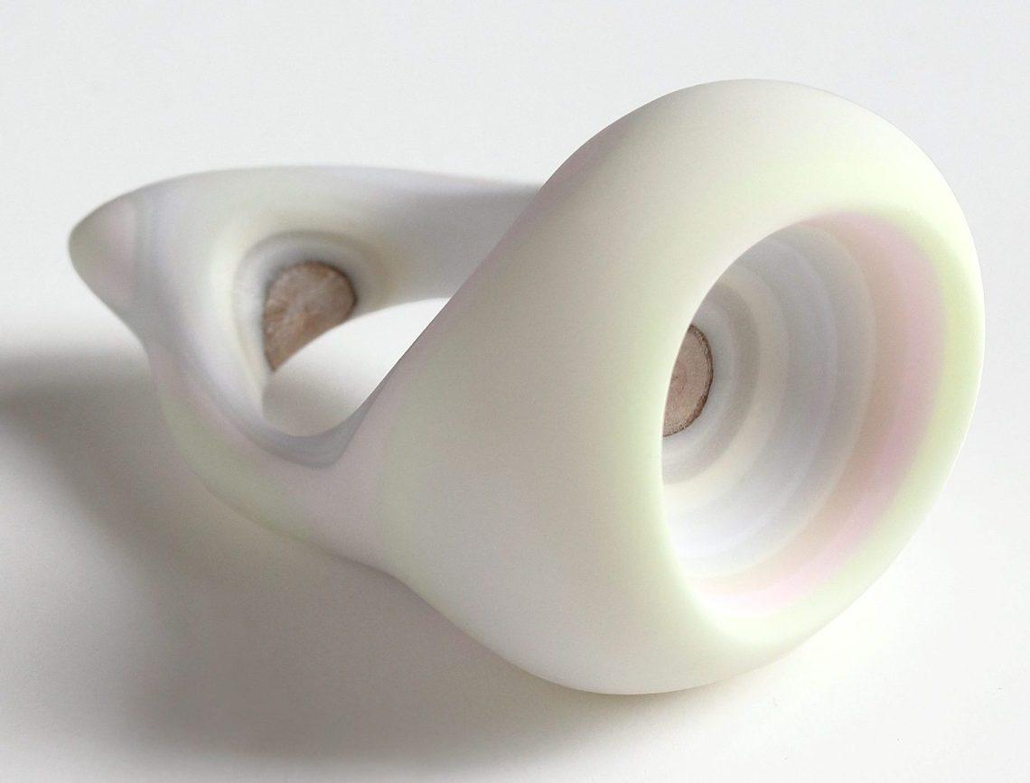 Susanne Klemm, Oceanum, White, ring, 2013. Foto met dank aan Susanne Klemm©