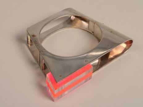 Chris Steenbergen, armband, 1989. Collectie Centraal Museum, 30215. Foto met dank aan Centraal Museum©