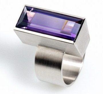 Claude Schmitz, ring. Foto met dank aan Galerie Rob Koudijs©