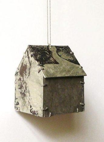 Karen Pontoppidan, Home #15, halssieraad, 2010. Foto met dank aan Galerie Rob Koudijs©