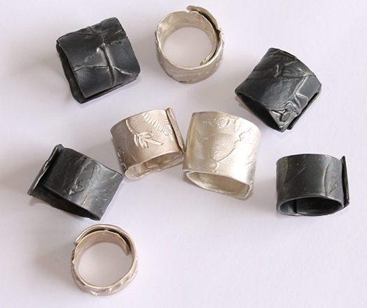 Marian Hosking, Wrap rings. Foto met dank aan Gallery Funaki©