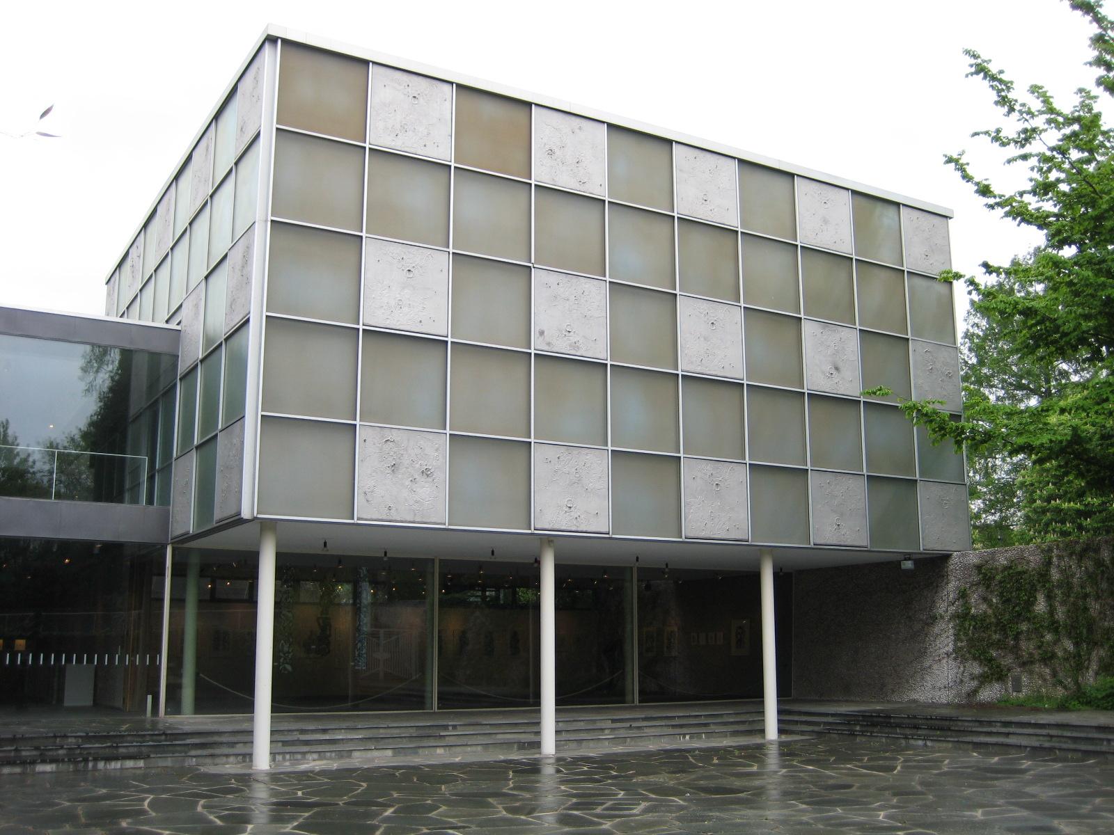 Schmuckmuseum Pforzheim, 2 mei 2010. Foto met dank aan Coert Peter Krabbe©