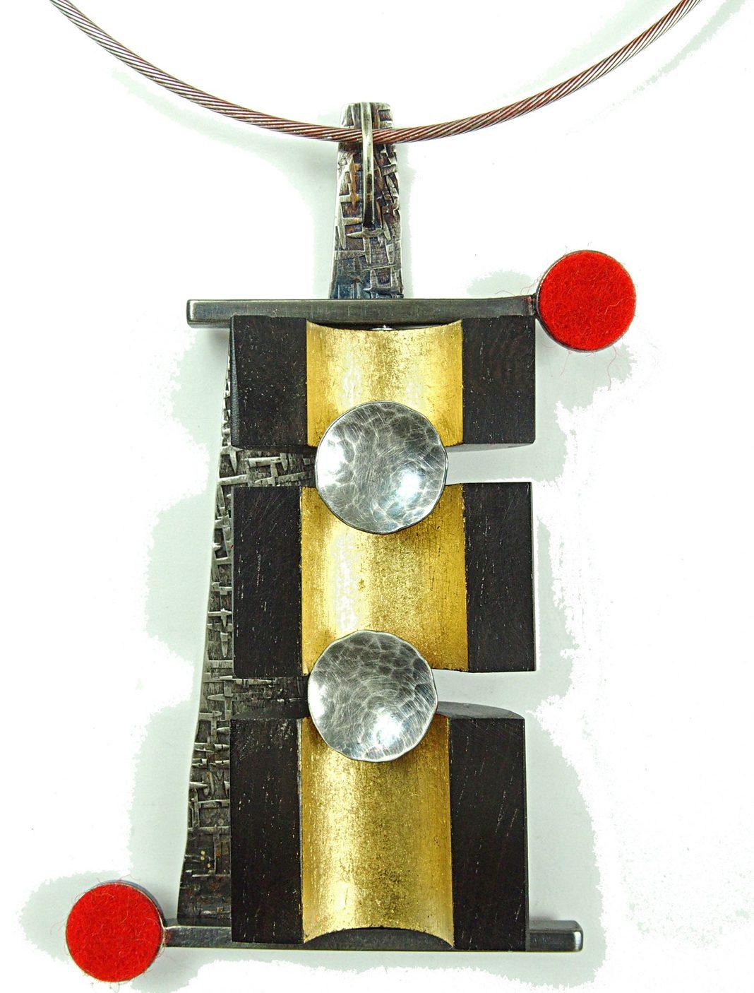 Lisa & Scott Cylinder, Cabinetry Necklace, halssieraad, 2014. Foto met dank aan Lisa & Scott Cylinder©