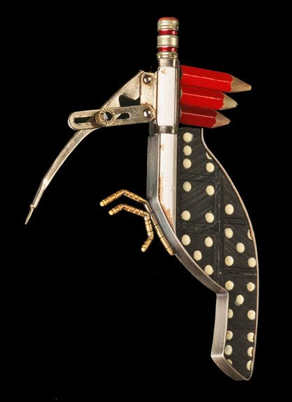 Lisa & Scott Cylinder, Pencilated Woodpecker Brooch, broche, 2004. Foto met dank aan Lisa & Scott Cylinder©