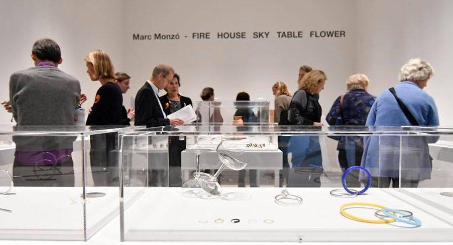 Marc Monzó - Fire House Sky Table Flower, SMS, 2017. Foto met dank aan Stichting Françoise van den Bosch©