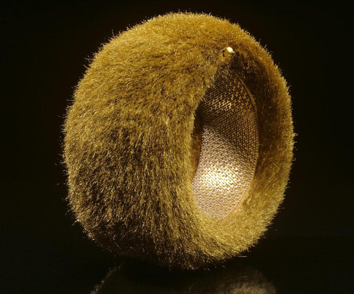 Giovanni Corvaja, Golden Fleece Bracelet. Foto met dank aan Museum Volkenkunde©