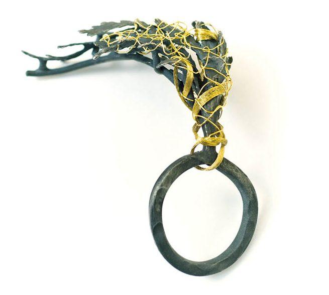 Mari Ishikawa, ring, 2007-2008. Foto met dank aan Galerie Spektrum©