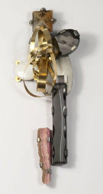 Ute Eitzenhöfer, broche, 2010. Foto met dank aan Galerie Marzee©