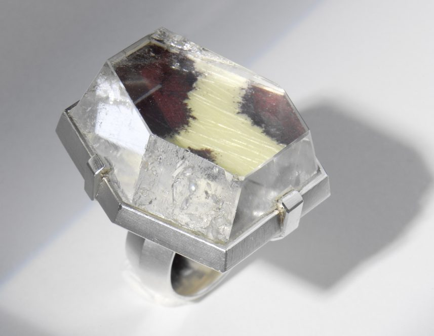 Barbara Seidenath, ring. Courtesy Mobilia Gallery©