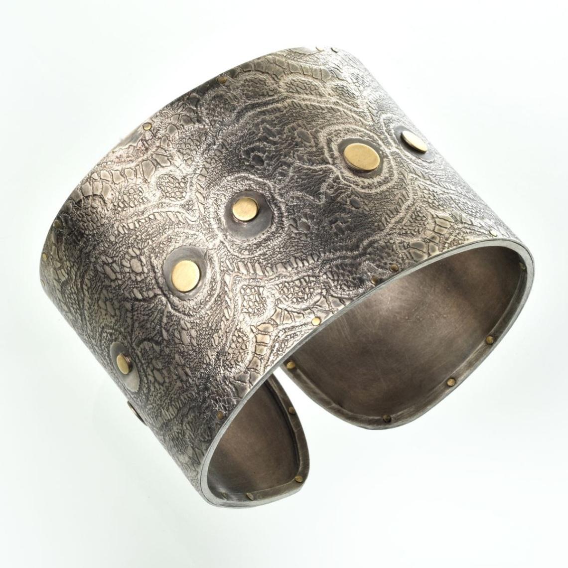 Heidemarie Herb, armband. Foto met dank aan Galerie Slavik©