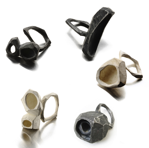 Gabi Veit, ringen. Foto met dank aan Galerie TACTILe©