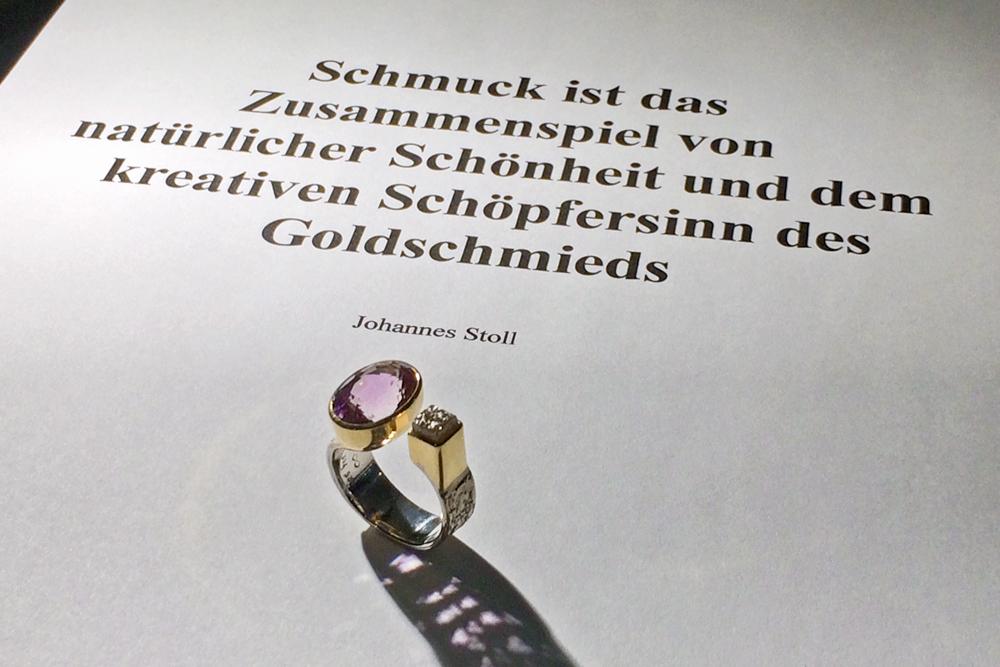 Johannes Stoll. Unikate, Schütt, Pforzheim, 2017. Foto met dank aan Schütt©