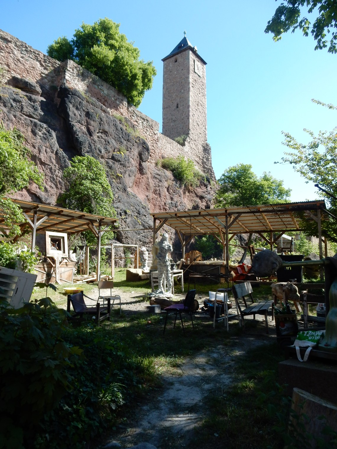 Burg Giebichenstein, mei 2018. Foto met dank aan Coert Peter Krabbe, CC BY 4.0