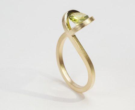 Cécile van Eeden, Eye, ring. Foto met dank aan Cécile van Eeden©