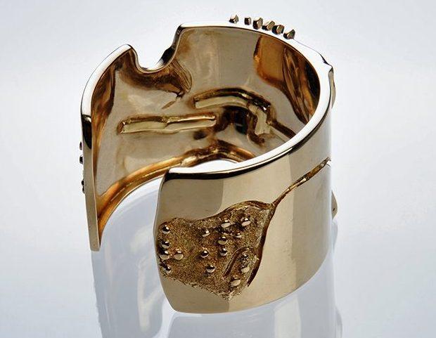 Giò Pomodoro, armband, 1970. Foto met dank aan Museo del Gioiello©