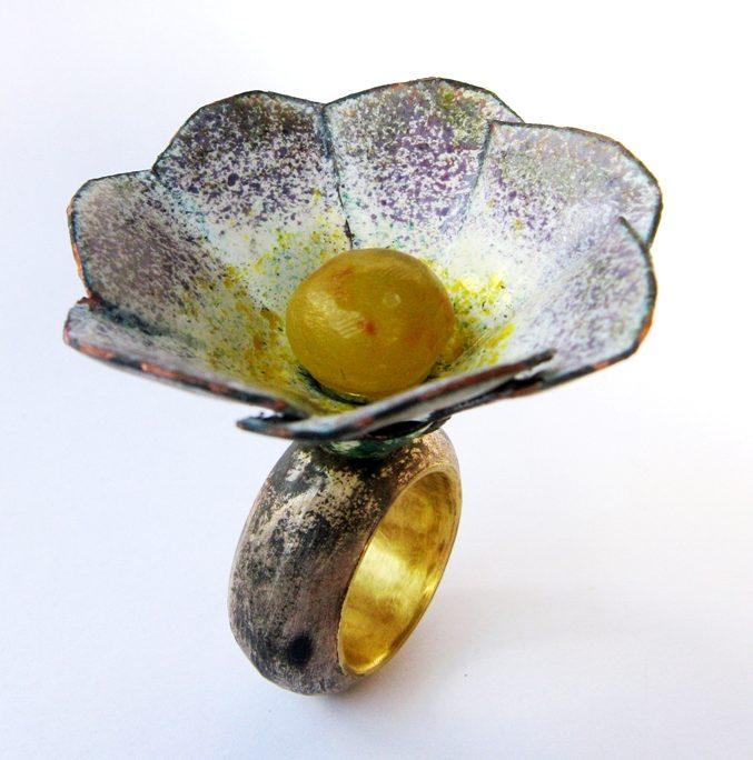 Francesca di Ciaula, Anemone, ring, 2013. Foto met dank aan Francesca di Ciaula©