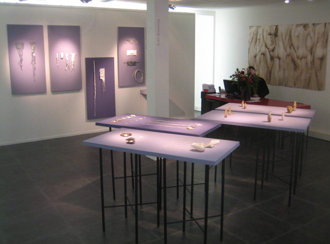 Elwy Schutten en Ammeli Engström in Galerie Ra, 2018. Foto Esther Doornbusch©