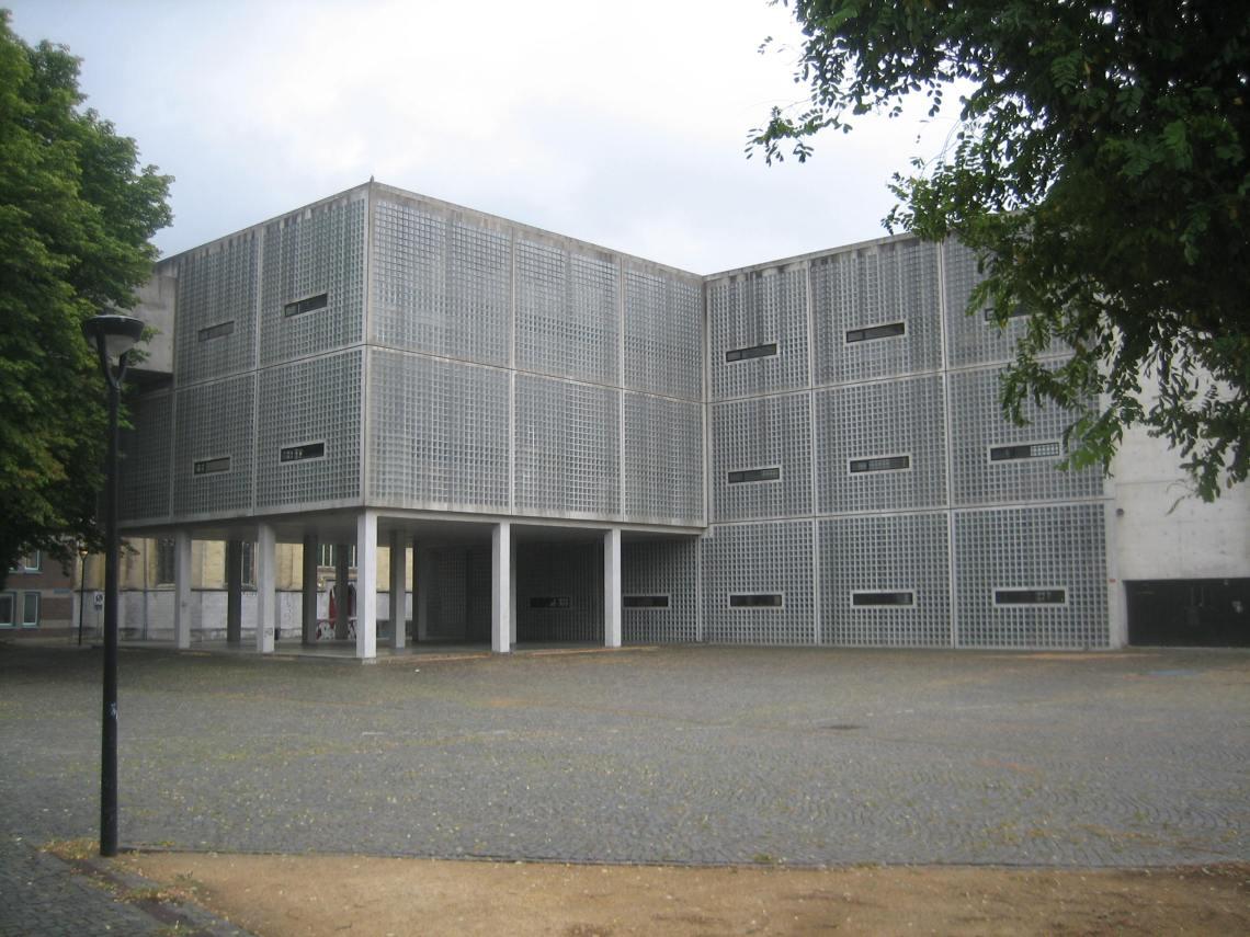 Stadsacademie Maastricht, gebouw Wiel Arets, 1994. Foto Esther Doornbusch, 14 augustus 2018, CC BY 4.0