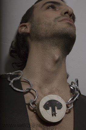 Ulrich Reithofer, Hannibal, the Son of Hamilcar Barca, halssieraad, 2007. Foto met dank aan Galerie Marzee©