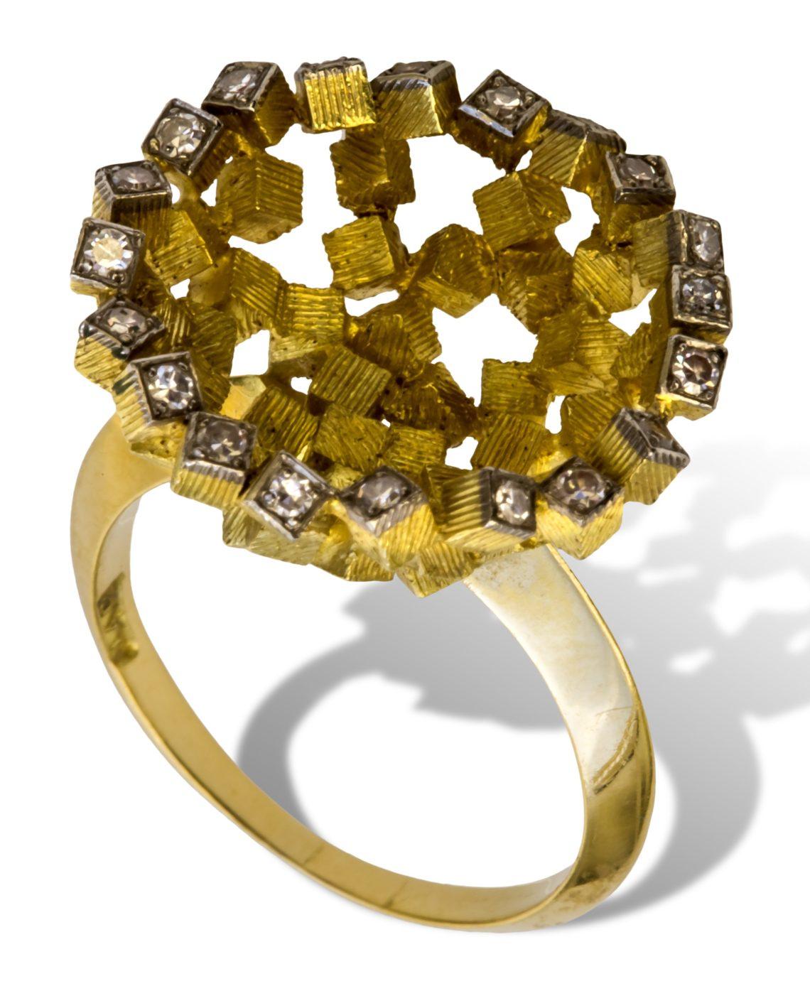 John Donald, ring, 1965. Collectie Ida Boelen-van Gelder. Fotografie Aldo Smit©