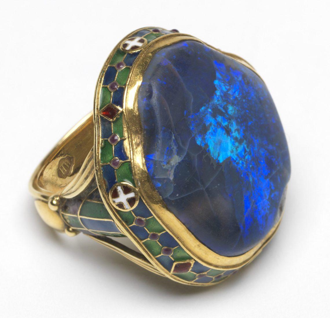 Henry Wilson, ring, 1900-1920. Foto met dank aan The Fitzwilliam Museum©